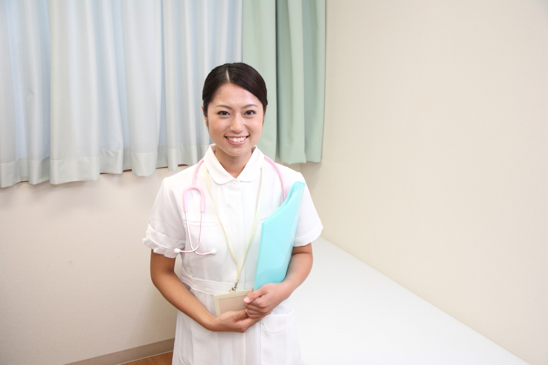 看護師になろうとする時に、看護師になってみたけどという時に
